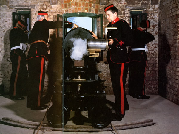 PAV reloading 32 pdr SBBL at Fort Nelson