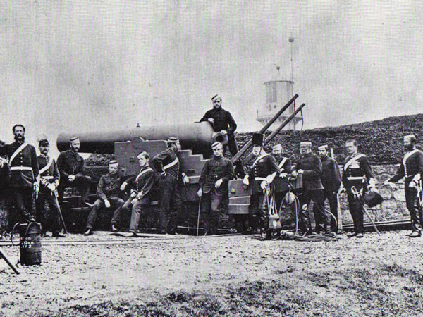 Northumberland Artillery Volunteers on a 68pdr gun at Tynemouth Castle, 1870's