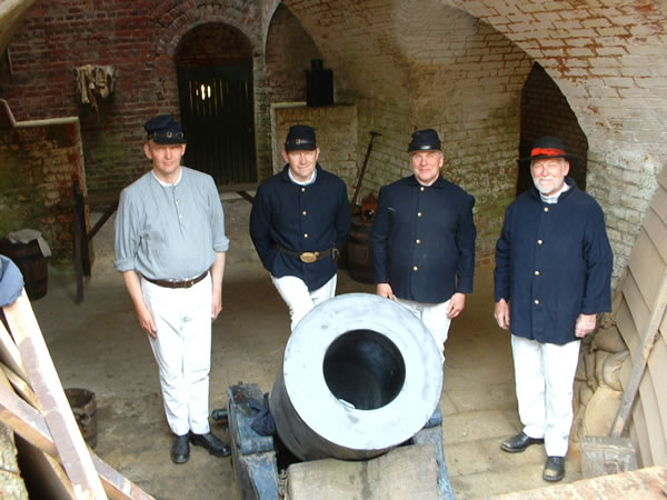 PAV around the 13 inch mortar dressed for a US civil war event at Fort Nelson
