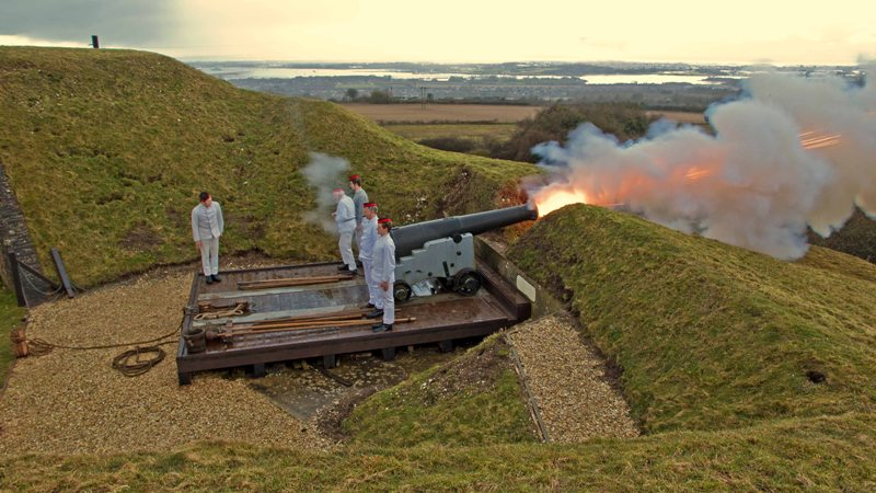Firing the 64pr RML on Garrison Carriage  at Fort Nelson